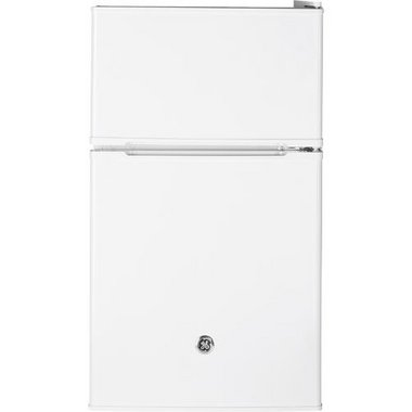 GE - 3.1 CuFt Compact Refrigerator
