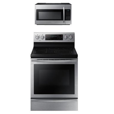 Samsung - 30 Electric Smooth Top Range With 1.8 CuFt Over The Range Microwave