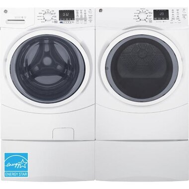 GE - 4.5 CuFt Front Load Washer With Front Load Electric Dryer